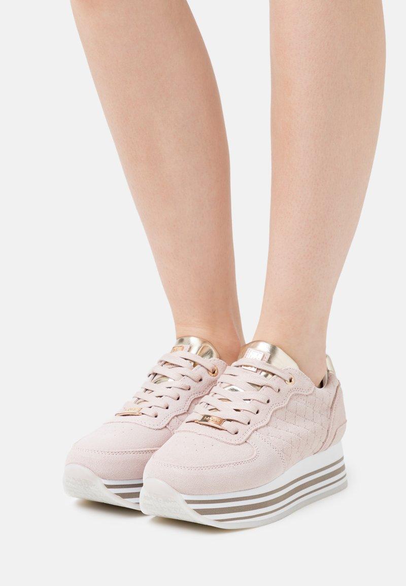 Mexx - EILA - Trainers - light pink