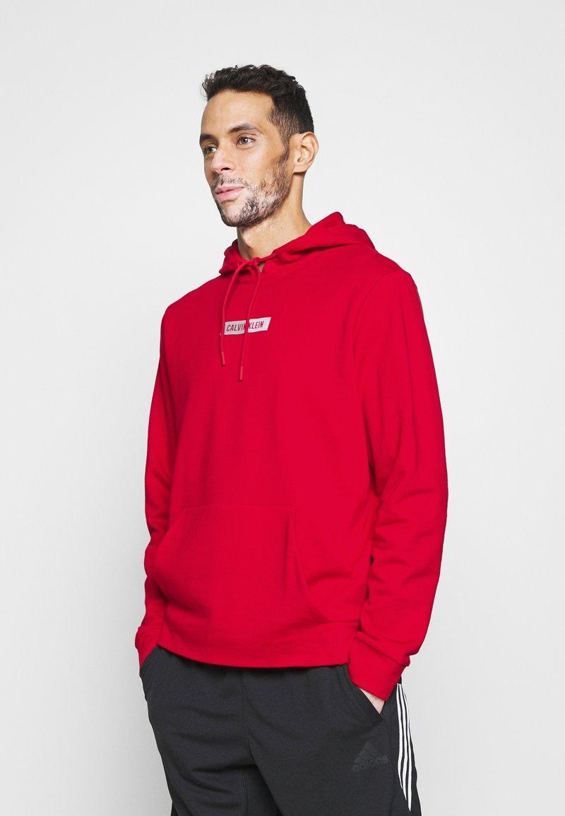Calvin Klein Performance - HOODIE - Sweatshirt - red