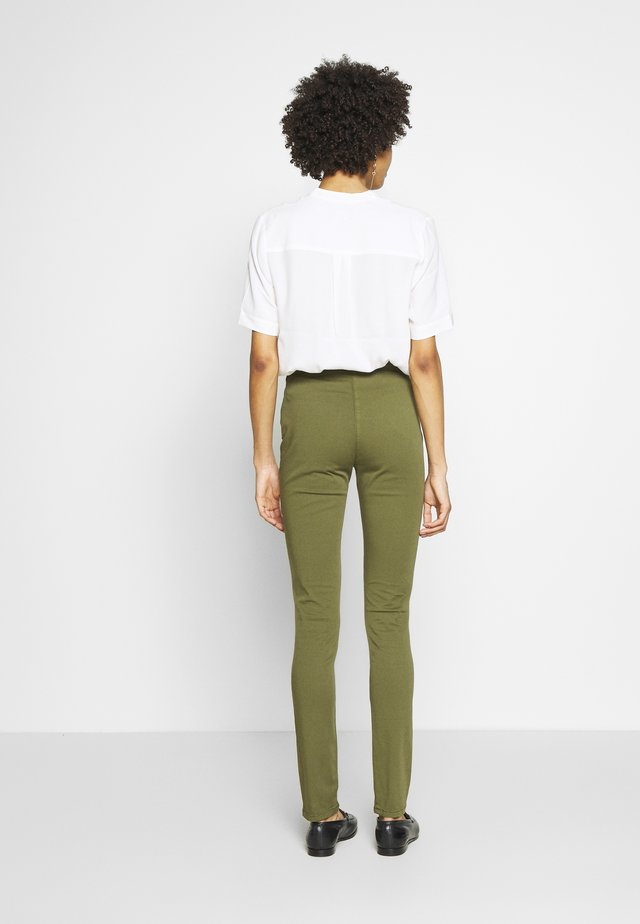 BASIC - Leggings - winter moss