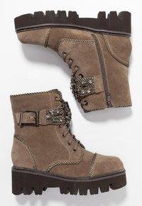 Alma en Pena - Platform ankle boots - crosta taupe - 3