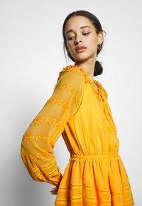 YAS - YASDANA DRESS  - Vestido informal - cadmium yellow - 4