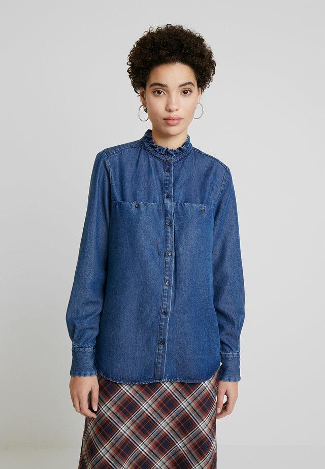 DIMAKB - Skjorte - light blue