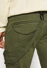 Alpha Industries - UTILITY PANT - Cargo trousers - dark olive - 5