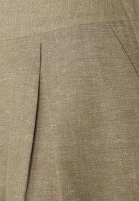 Stylein - SALLES - Kraťasy - beige - 2