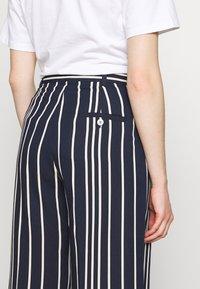 WEEKEND MaxMara - PINA - Trousers - nachtblau - 5