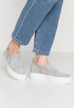 Slipper - grey