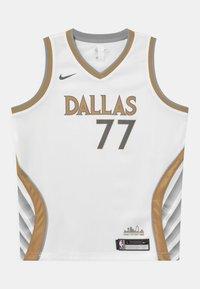 Nike Performance - NBA CITY EDITION DALLAS MAVERICKS LUKA DONCIC UNISEX - Club wear - white - 0