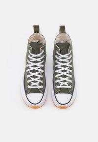 Converse - RUN STAR HIKE RECYCLED UNISEX - Sneakers hoog - cargo khaki/white/black - 3