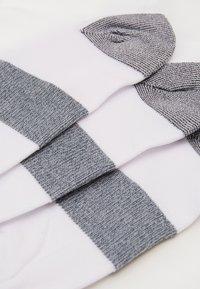 ASICS - LYTE 3 PACK UNISEX - Calcetines de deporte - real white - 1
