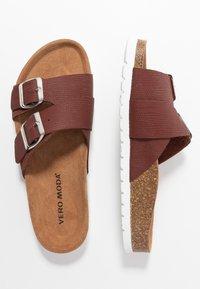 Vero Moda - VMMILLA  - Slippers - sable/silver - 3