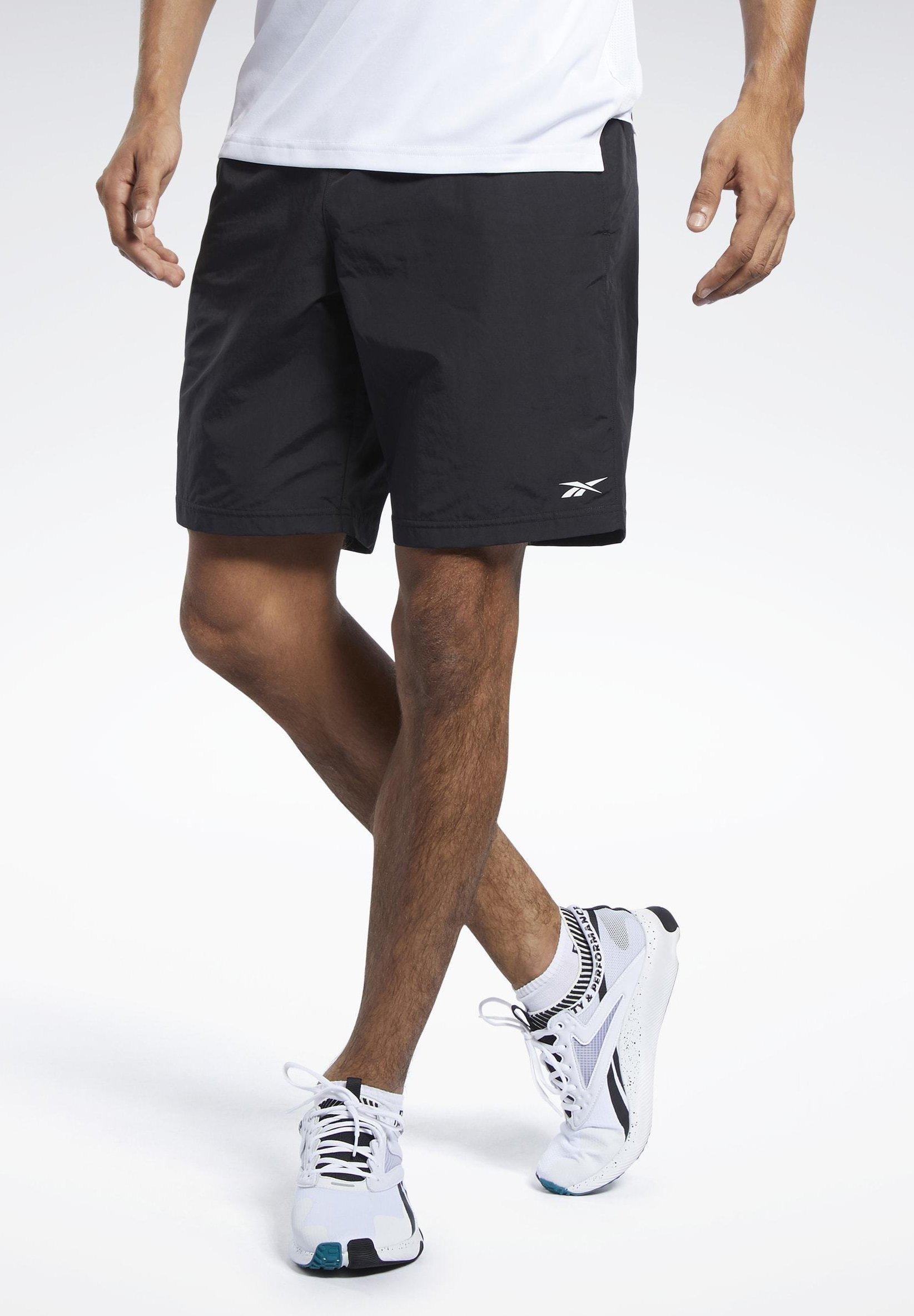 Men UTILITY ESSENTIALS TRAINING 1/2 - Shorts