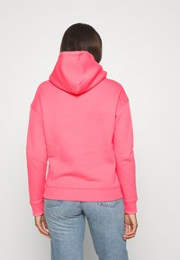 Tommy Jeans - BADGE HOODIE - Sweat à capuche - glamour pink - 2