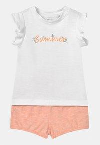 Name it - NBFHALISE NBFHANNE SET - T-shirt print - bright white - 0