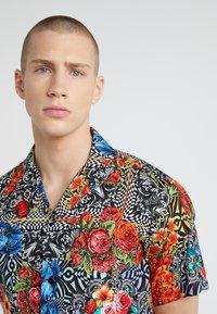 Versace Jeans Couture - CAMICIE UOMO - Koszula - nero - 4