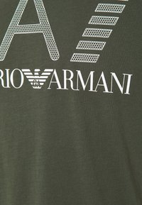 EA7 Emporio Armani - Print T-shirt - dark green/white - 2