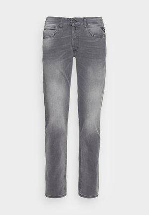 GROVER BIO - Straight leg jeans - grey denim