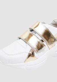 faina - Trainers - white/gold - 6