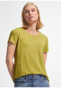 comma - Basic T-shirt - green - 0