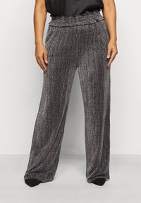 Vero Moda Curve - VMKAIDACOCO WIDE PANT - Trousers - black/silver - 0