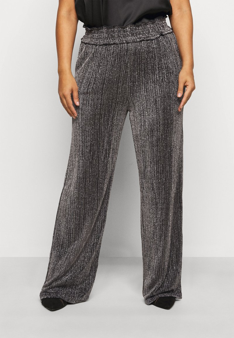 Vero Moda Curve - VMKAIDACOCO WIDE PANT - Trousers - black/silver