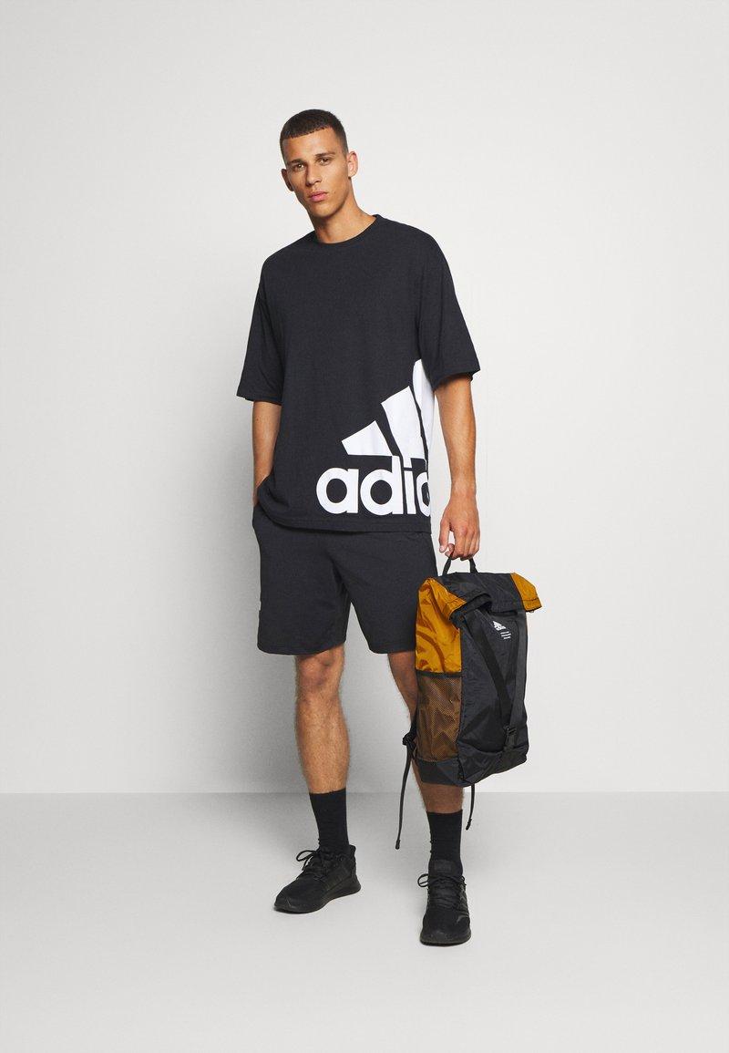 adidas Performance - CLASSIC FLAP UNISEX - Sac à dos - black