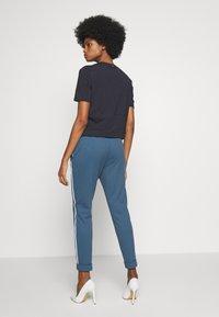 Rich & Royal - JOGG PANTS - Bukse - spring blue - 2