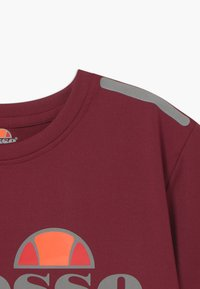 Ellesse - LISSARO CROPPED PERFORMANCE TEE - T-shirt print - burgundy - 3
