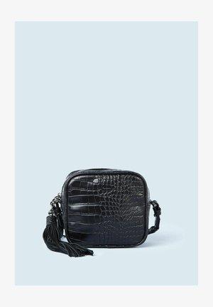 SIRA - Across body bag - black