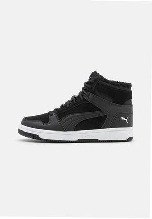 REBOUND LAYUP - Sneaker high - black/white