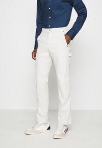 GAP - WORKERS PANT - Trousers - off-white - 0