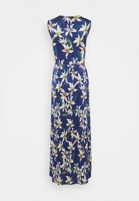 MAX&Co. - PADRINO - Maxi šaty - cornflower blue pattern - 6