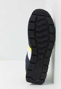 GAS Footwear - ROB - Trainers - deep - 4
