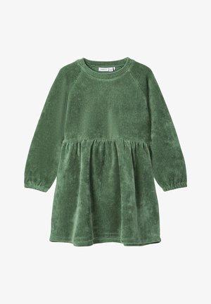 Day dress - duck green