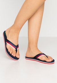 Tommy Jeans - SUSTAINABLE BEACH - T-bar sandals - twilight navy - 0