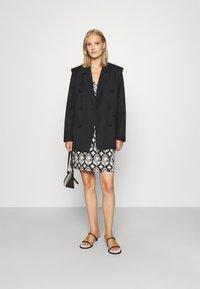 Diane von Furstenberg - JULIAN TWO - Day dress - black medium - 1