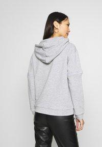 Trendyol - Jersey con capucha - gray - 2