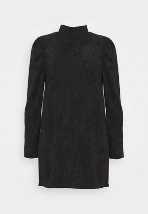 HIGH NECK SHIFT DRESS - Kjole - black