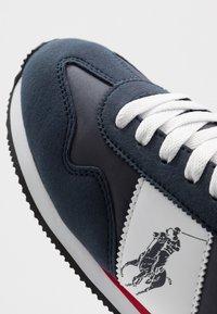 Polo Ralph Lauren - BIG PONY JOGGER - Tenisky - navy/paperwhite - 2