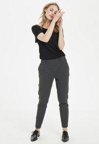 Kaffe - NANCI JILLIAN - Trousers - dark grey - 1