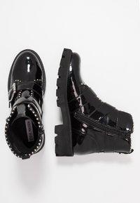 Steve Madden - HOOFY - Cowboy/biker ankle boot - black - 3