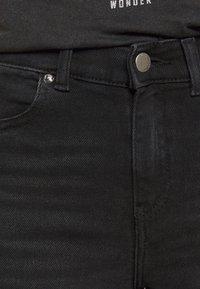 Dr.Denim Petite - MACY - Široké džíny - black mist - 5