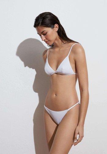 STRAPPY CLASSIC  - Bikini bottoms - white