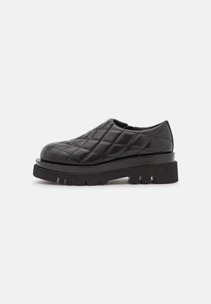 DESTRO - Slippers - black