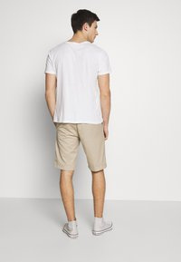 Carhartt WIP - MASTER DENISON - Shorts - wall rinsed - 2