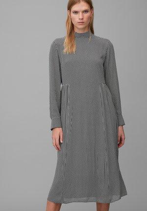 Day dress - multi/black