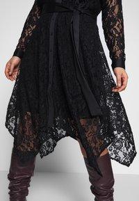 Live Unlimited London - HANKY HEM DRESS - Vestido camisero - black - 4