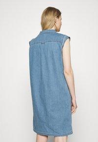 Marc O'Polo - DRESS TUNIQUE STYLE   - Shirt dress - blue denim - 2