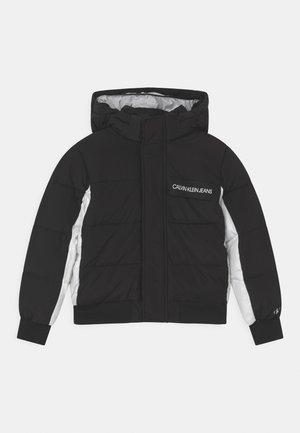 FUNCTIONAL BLOCK PUFFER - Zimní bunda - black
