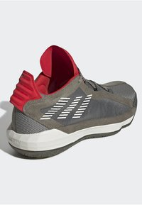 adidas Performance - DAME 6 SHOES - Basketbalschoenen - green - 4