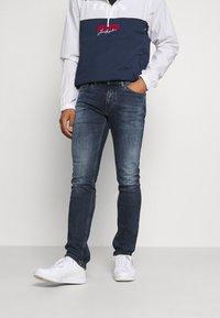 Tommy Jeans - SCANTON SLIM - Jeans Slim Fit - denim - 0